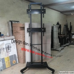 Standing TV 2 Display Vertikal