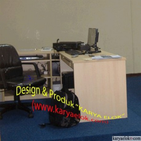 Meja Lab/Laboratorium Bahasa ( ST-2)s