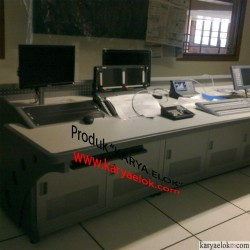 Console Meja Editing Studio Siaran TV